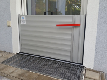 flood barrier for doors