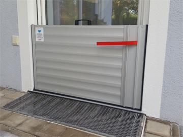 flood barrier for doors